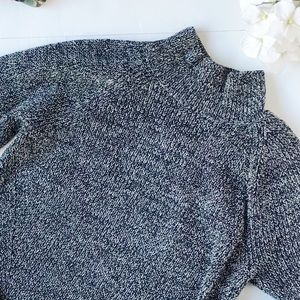 GAP Sweaters - 3/$20 Gap Gray Marled Mock Neck Sweater